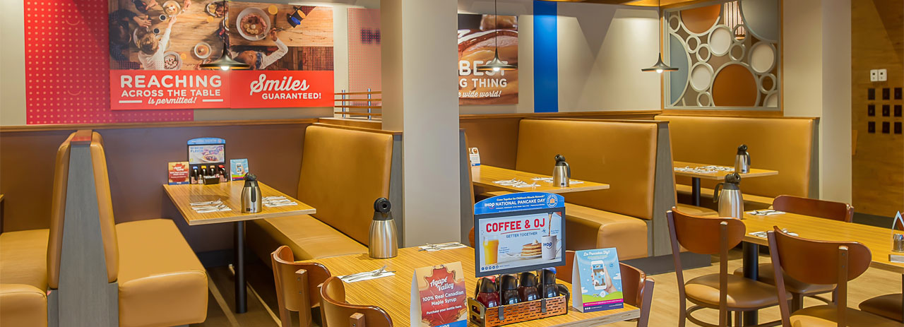 Dining - Ramada by Wyndham Niagara Falls Near the Falls