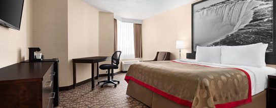 Ramada by Wyndham Niagara Falls Near the Falls - 1 King Bed Cityview Room - Dining Voucher Included